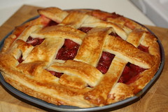 (Danielle Scott) Tags: pie homemade strawberrypie