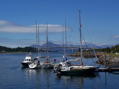 Yachts, Kyle of Lochalsh, West Coast of Scotland, July 2005 (allanmaciver) Tags: bridge summer skye weather clouds warm isleofskye sunny yachts westcoast cuillins bluesea summersday allanmaciver