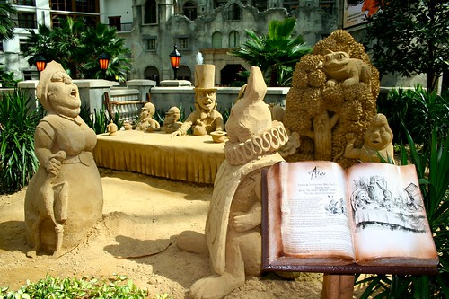 alice in wonderland Sand Castle