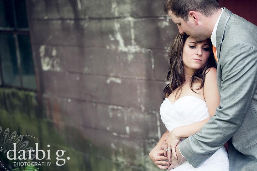 DarbiGPhotography-KansasCity-wedding photographer-T&W-DA-14.jpg