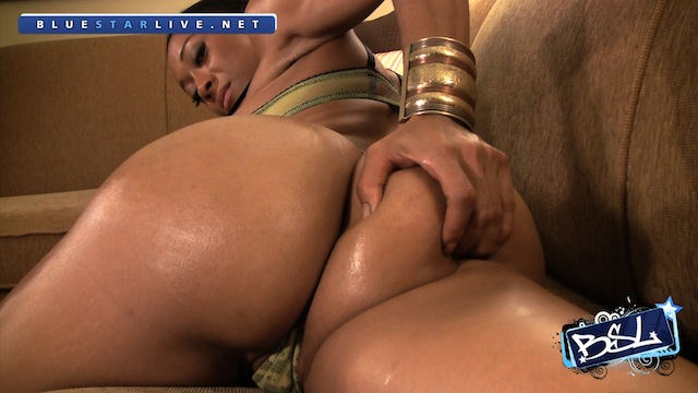 BSL - Lia Cha - The Hotel Suite 02