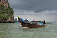 longtailboat (Alex Erber) Tags: thailand thunderstorm longtailboat krabi raileybeach blackclouds souththailand