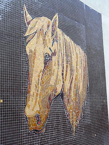 mosaïque cheval.jpg