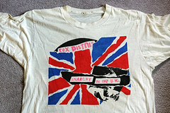 Sex Pistols tee (Thompson Photography) Tags: tshirts7417 tshirts photographed7417 sexpistols anarchyintheuk