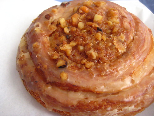 Maple-Walnut Schnecken