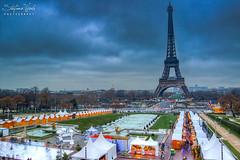 Paris, Natale 2009 (Stefano Viola) Tags: christmas paris tower canon noel torreeiffel luci natale parigi mercatini 50d