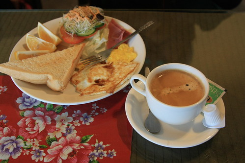 早餐和咖啡擺在一起果然比較好看