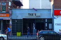 Tee's Wine Bar, Turnpike Lane, N8 (Ewan-M) Tags: england london gaybar n8 greenlanes hornsey tees londonboroughofharingey turnpikelane wellingtonterrace teeswinebar