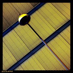 diagonal (sediama (break)) Tags: window lamp yellow germany pentax fenster jalousie hannover diagonal gelb shutter laterne expo2000 mywinners abigfave superaplus aplusphoto k20d sediama strasenlaterne imgp7486b bysediamaallrightsreserved