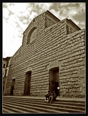 FLORENCIA (NUR FS) Tags: italy puerta italia pareja virado robado cruzadas basilicadesanlorenzo
