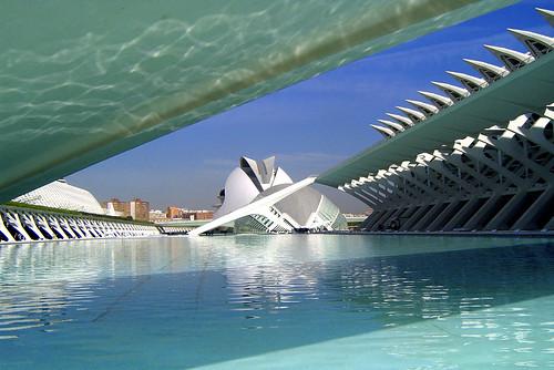CAC Valencia, by jmhdezhdez