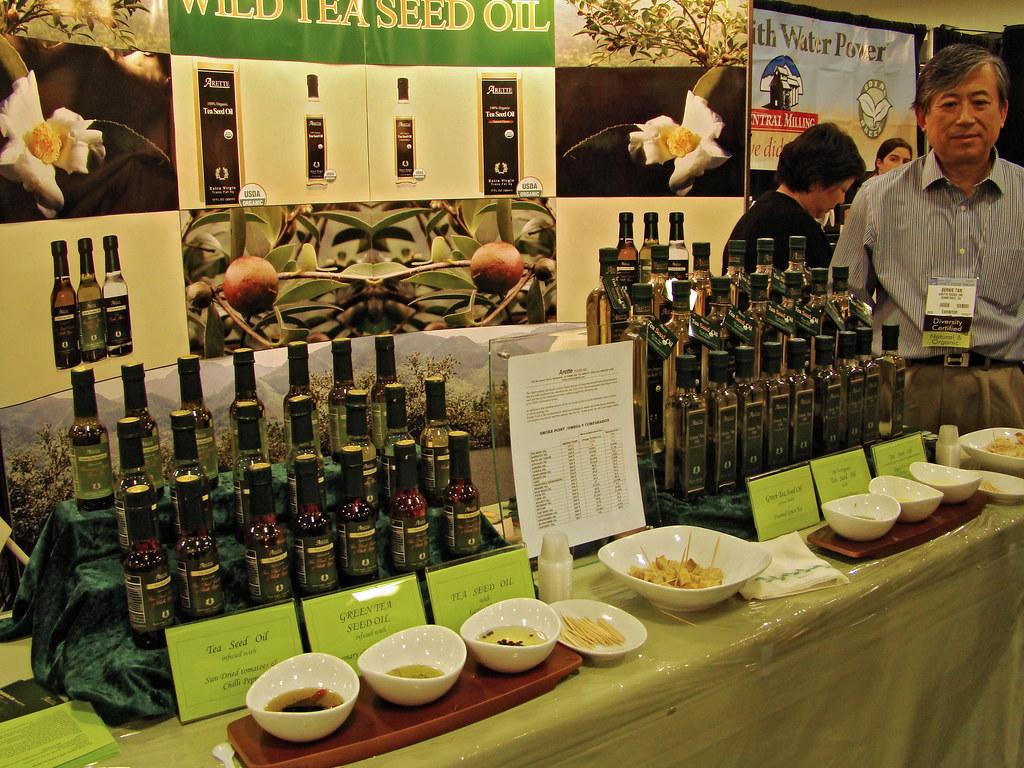 DSC04374 Wild Tea Seed Oil