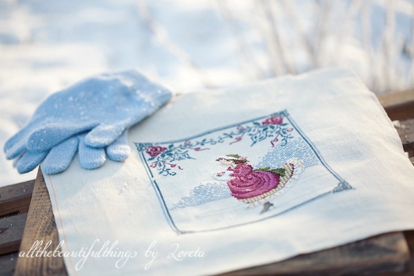 Winter Rose (Lavender & Lace)