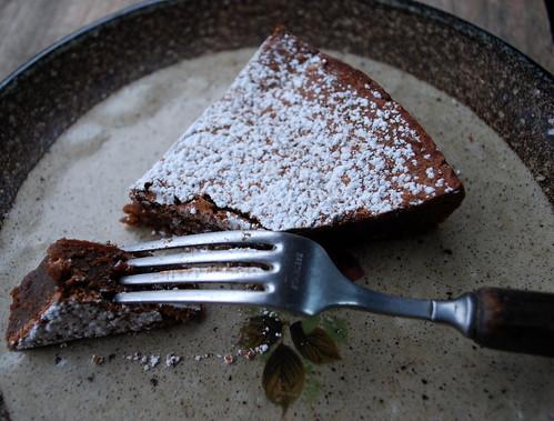 Chocolate Amaretti Cake w fork