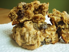 23 - quaker oats oatmeal raisin cookie