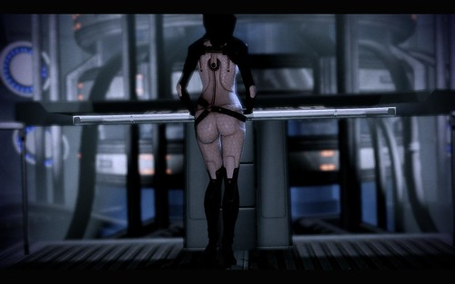 Mass Effect: Mass Effect 2 Miranda waiting for Shepard