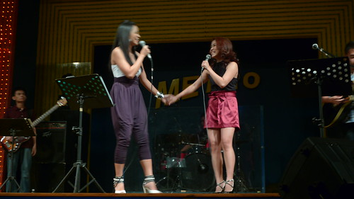 Sitti and Juris Pre-Valentine Concert at Metrobar