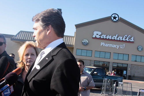 Governor Perry & First Lady Vote in the Primary