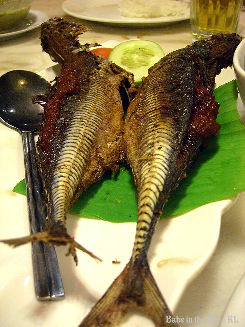 Cencaru stuffed with sambal