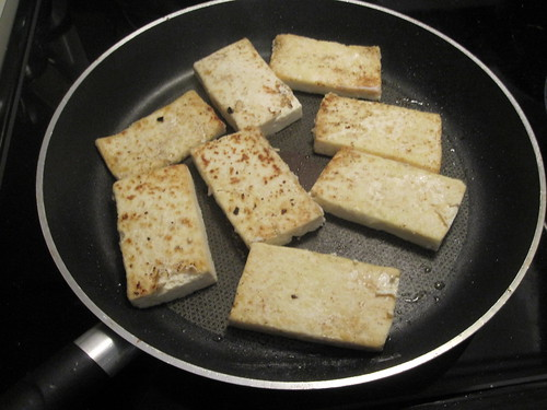 Tofu is sautéed after getting dredged in rice flour