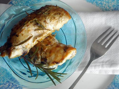 Involtini di pollo con radicchio e crescenza