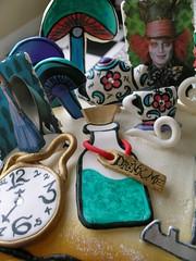 alice in wonderland (Royalty_Cakes) Tags: flowers clock cat diamonds garden mushrooms key alice stripes butterflies teapot teacup jewels madhatter aliceinwonderland queenofhearts whiterabbit drinkme redqueen whitequeen royaltycakes