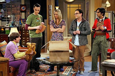 Raj, Penny, Howard , Sheldon e Leonard