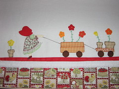 Pano de Prato. Sunbonnet e seu carrinho de flores. Encomenda pronta! (coisas_da_Li) Tags: flores cozinha carrinho guardanapo aplicao sunbonnet encomenda chdecozinha chdepanela enxoval patchcolagem coisasdecasa panodeprato camamesaebanho