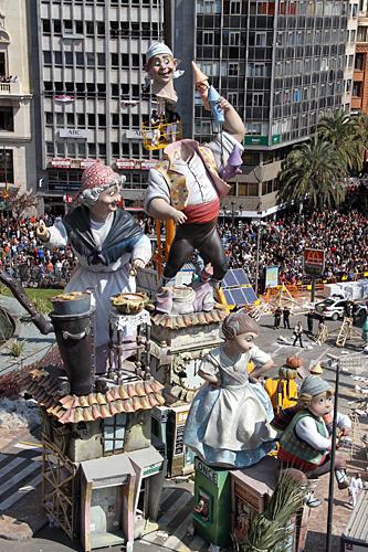falla-ayuntamiento-2010