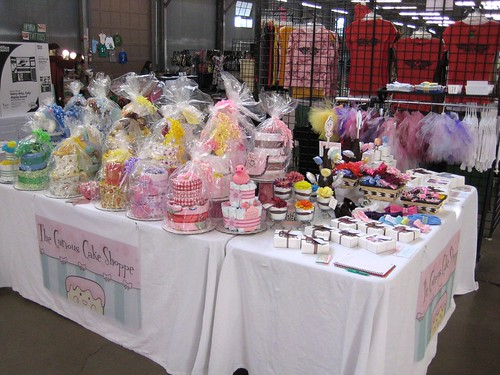 The Curious Cake Shoppe @ Funky Finds Spring Fling