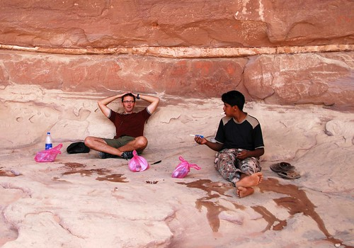 lunch break in the shade, wadi rum