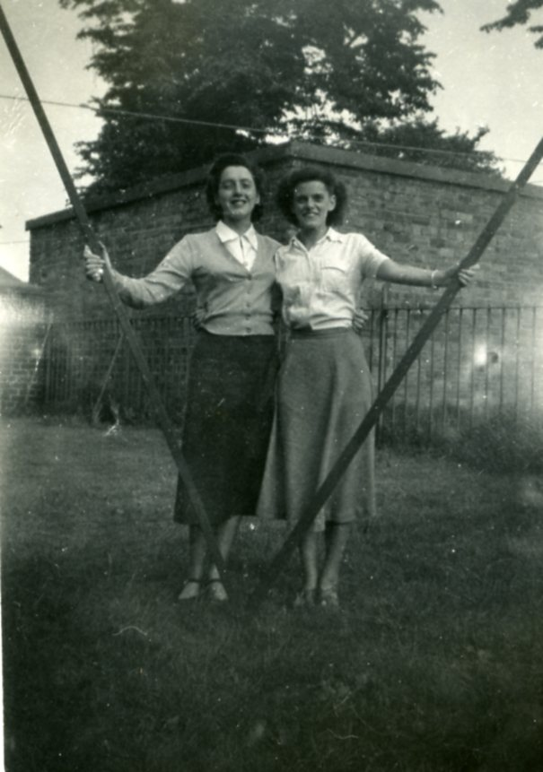 Jessie and Rona Watt, 1952