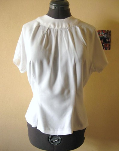Spring 1953 project: jewelry-necked blouse