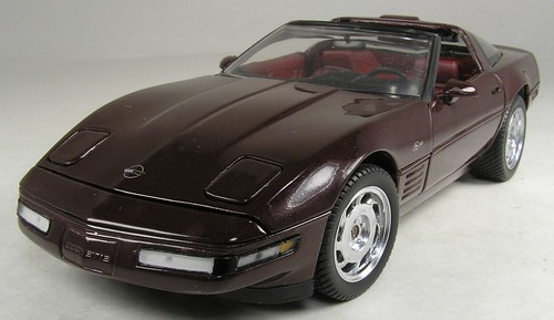 1993 Corvette ZR-1 Sport Coupe front left