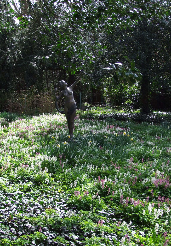 Stenen randen tuin beautiful koi vijver met chinees for Diana tuin