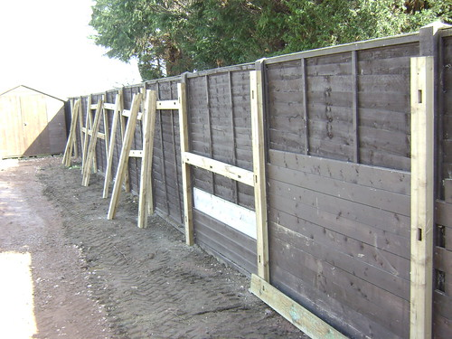 Macclesfield Fencing Image 2