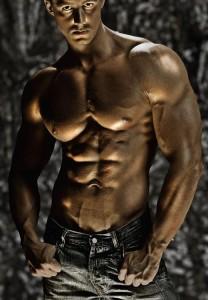 kaslı erkek vücudu karizmatik erkekler
