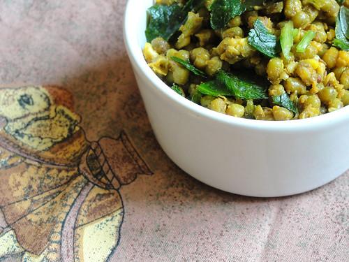 dry gujarati mung bean curry 2