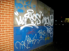 Graffiti on Erleigh Road (DougLouse) Tags: building graffiti paint letters decorating exposed linguistics unclear sanserif sprayed