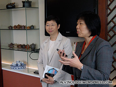 Nancy explaining to us the importance of the tea beverage in Asian markets