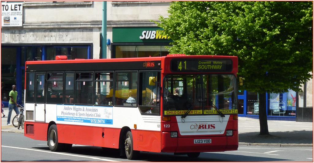 Plymouth Citybus 123 L123YOD