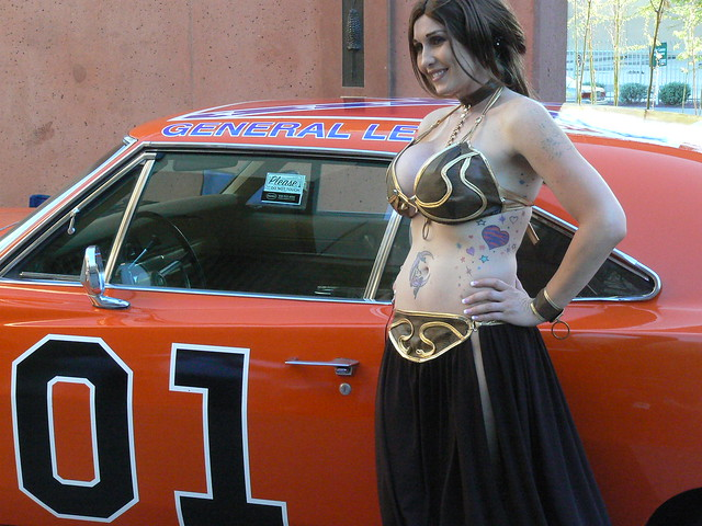 Slave Leia and The General Lee