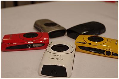 CANON IXY 30Sは高感度、ハイスピード&オサレなカメラ