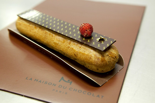 Close up of the Bourbon vanilla with wild strawberries eclair