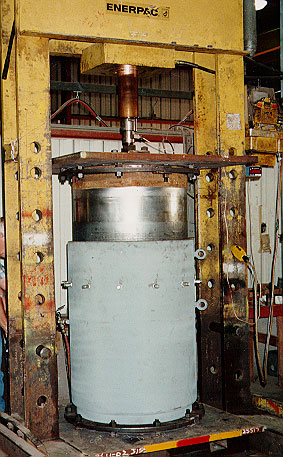 Slip-type Expansion Joint for Hydrocarbon Flaring System