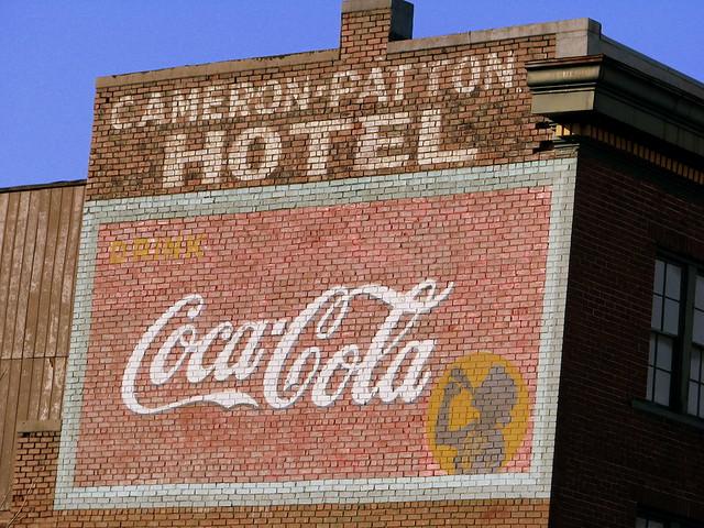 Cameron-Patton Hotel / Coca-Cola Mural