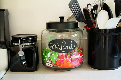Hairbow Jar