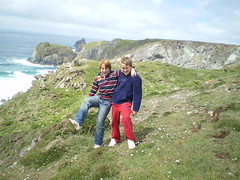 Cliff walking (Caroline Harrison) Tags: cornwall
