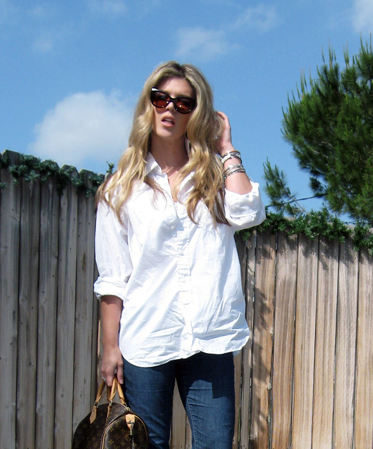 classic white button down+jeans+moschino shoes-3