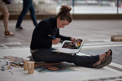 Emma McNally, Southbank (London) Artist (Craig Jewell Photography) Tags: london painting iso100 artist pavement davinci 85mm australia brisbane southbank replica painter cropped f18 uktrip ef85mmf18usm 11250sec canoneos5dmarkii emmamcnally 20100613023707mg4869cr2